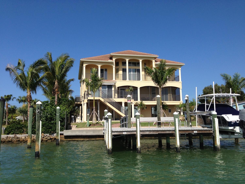 Venice Island - Inlet circle